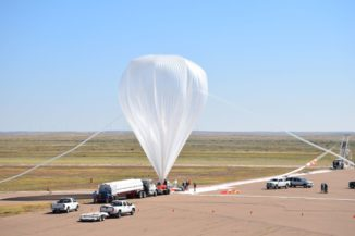 Der Ballon der RaD-X-Mission wird in Fort Sumner auf den Start vorbereitet. (Credits: NASA / Christopher Mertens)