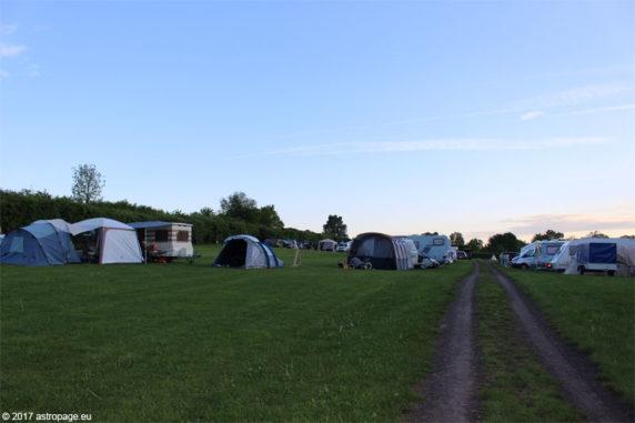 Blick auf die Zeltwiesen vor dem ITV 2017. (Credit: astropage.eu)