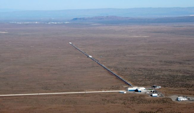Der LIGO-Gravitationswellendetektor in Hanford (Washington). (Credit: LIGO Laboratory)