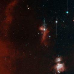First Light der Zwicky Transient Facility. Unten rechts ist der Orionnebel zu sehen, etwa in der Bildmitte liegen der Flammennebel und der Pferdekopfnebel. Dies ist eine kleine Version, die Originalauflösung ist unten im Text verlinkt. (Credits: Caltech Optical Observatories)
