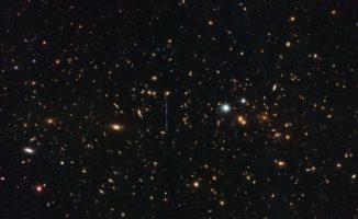 Hubble-Aufnahme des massereichen Galaxienhaufens El Gordo. (Credits: ESA / Hubble & NASA, RELICS)