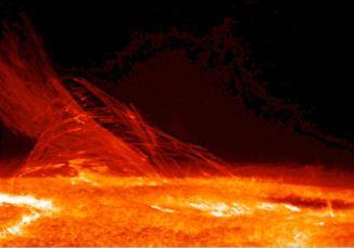 Ein Ultraviolettbild der Chromosphäre, aufgenommen von der Raumsonde Hinode. (Credits: JAXA / NASA)