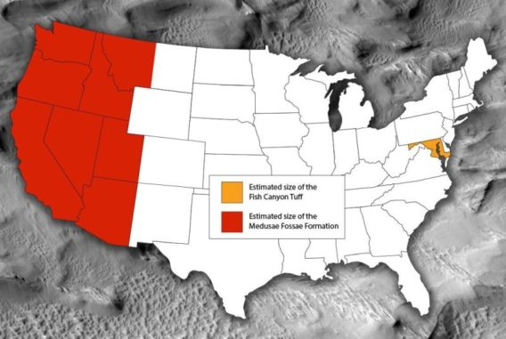 Diese Grafik zeigt die Fläche von Medusae Fossae (rot) verglichen mit der Fläche der kontinentalen Vereinigten Staaten und der Fläche des Fish Canyon Tuff, der größten Ablagerung explosiver Vulkanausbrüche. (Credits: American Geophysical Union)