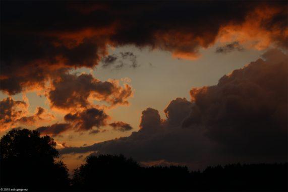 Wolkenstimmung kurz nach dem Unwetter. (Credit: astropage.eu)