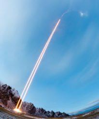 Der Start der beiden Raketen der TRICE-2-Mission. (Credits: NASA / Jamie Adkins)