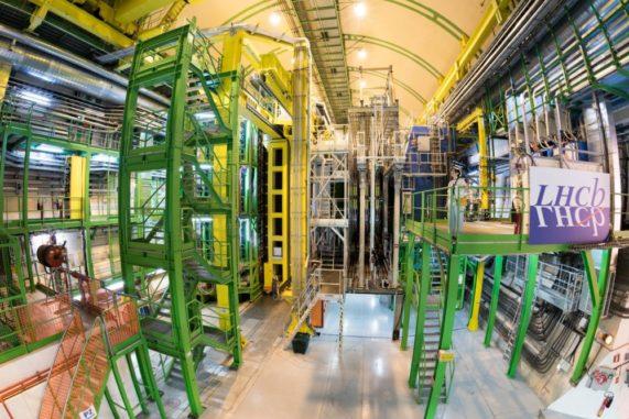 Das LHCb-Experiment am Large Hadron Collider. (Credit: Image: Maximilien Brice / CERN)