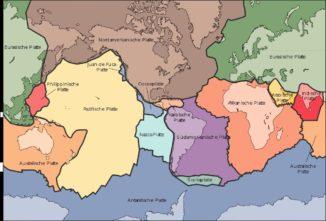 Schematische Darstellung der tektonischen Platten auf der Erde. (Credit: USGS / gemeinfrei)