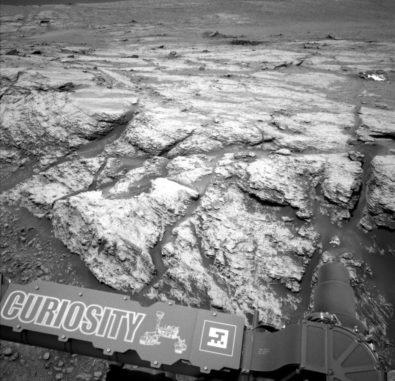 Dieses Bild wurde am 18. Juni 2019 von der linken Navcam an Bord des Marsrovers Curiosity aufgenommen. (Credits: NASA / JPL-Caltech)