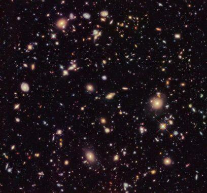 Das Hubble Ultra Deep Field 2012 zeigt tausende ferne Galaxien. (Credits: NASA, ESA, R. Ellis (Caltech), and the HUDF 2012 Team)