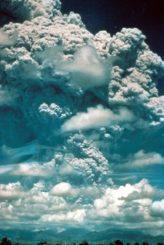 Ausbruch des Vulkans Pinatubo. (Credits: Jackson K., courtesy of USGS)