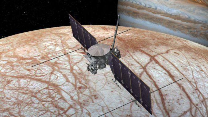 Künstlerische Darstellung der Raumsonde Europa Clipper. (Credit: NASA / JPL-Caltech)