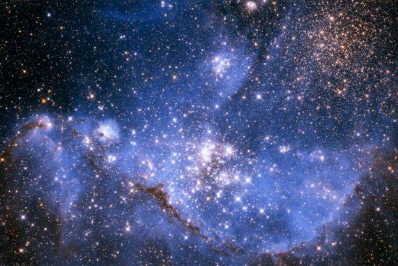 Die Kleine Magellansche Wolke, aufgenommen vom Weltraumteleskop Hubble. (Credits: NASA, ESA, and A. Nota (STScI / ESA))