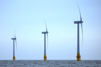 Offshore-Windkraftanlagen vor Great Yarmouth (England). (Credit: Wikipedia / Rob Faulkner / CC-BY-SA 2.0)