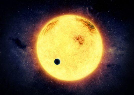 Künstlerische Darstellung des Exoplaneten DS Tuc Ab vor seinem Zentralstern DS Tuc A. (Credits: M. Weiss)