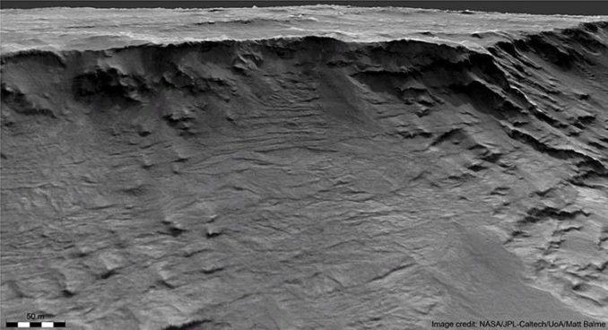 Ein von Wasser gestaltetes Kliff auf dem Mars. (Credit: NASA / JPL-Caltech / UoA / Matt Balme & William McMahon)