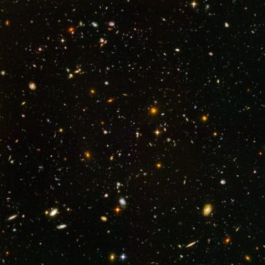 Das Hubble Ultra Deep Field. (Credits: NASA, ESA, and S. Beckwith (STScI) and the HUDF Team)