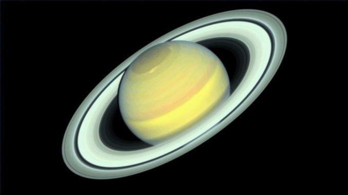 Der Gasriese Saturn, aufgenommen vom Weltraumteleskop Hubble im Jahr 2018. (Credits: NASA / ESA / STScI / A. Simon / R. Roth)