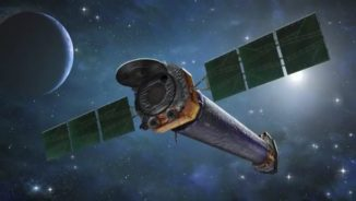 Künstlerische Darstellung des Weltraumteleskops Chandra. (Credits: Harvard-Smithsonian Center for Astrophysics)