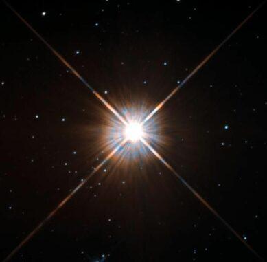 Hubble-Aufnahme des M-Zwergs Proxima Centauri. (Credits: Hubble / ESA / NAS)