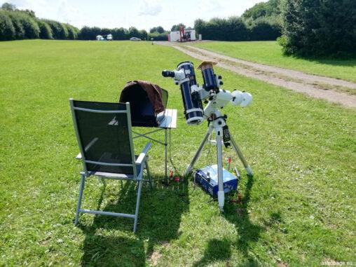 Sonnenbeobachtung mit beiden Teleskopen, am Newton visuell und am Maksutov fotografisch beziehungsweise videografisch. (Credits: astropage.eu)