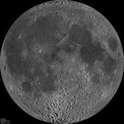 Mosaik der erdzugewandten Seite des Mondes, basierend auf Daten der LROC-Kamera an Bord des Lunar Reconnaissance Orbiter (LRO). (Credits: NASA / GSFC / Arizona State University)